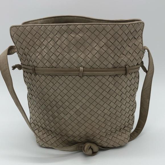 ec88d60008 Vintage Bottega Veneta Calfskin Bag